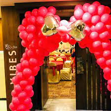 the balloon decoration