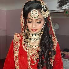 Gouri Beauty Parlour