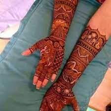 The Piya Mehandi Artist