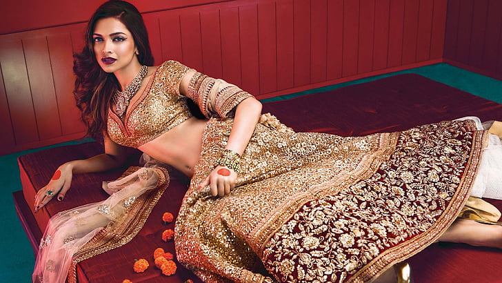 Selecting The Perfect Bridal Lehenga For Your Big Day